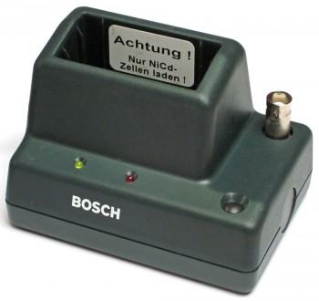 """Ladegerät """"grün"""" für Bosch FME88S und Motorola Skyfire 4S - gebraucht"""